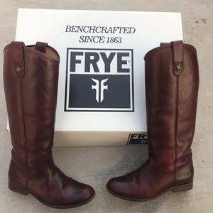 Frye-Melissa Button Pull On Boot, Bordeaux Color